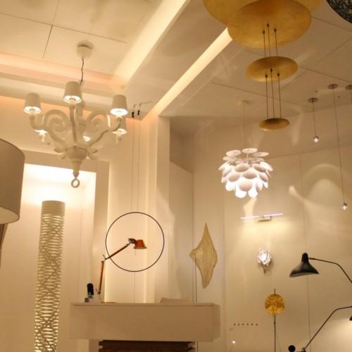 Años Luz - Showroom Serrano 230